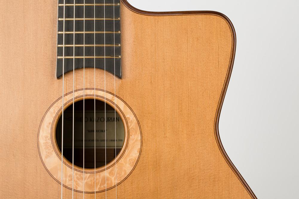 Detail sound hole manouche guitar | Kazourian Luthier Montréal